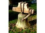 600 let starý gotický zvon